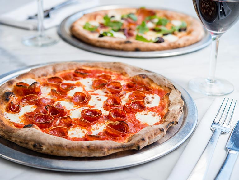 Pizza Naples Ristorante Disney