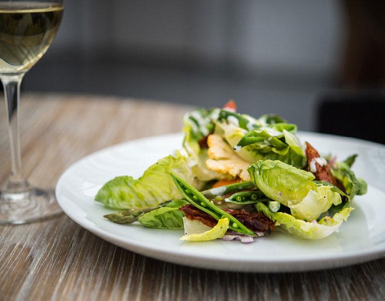 Healthy Salad Restaurant
