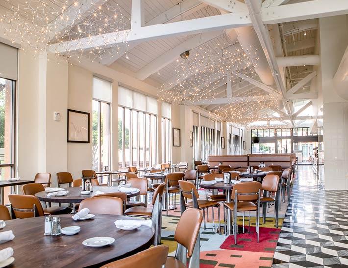 Naples Ristorante E Bar Dining Room | Events | Downtown Disney, Anaheim