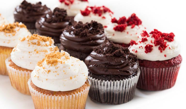 Earn Rewards, Delicious Cupcakes